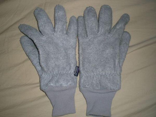 bunting glove b1.jpg